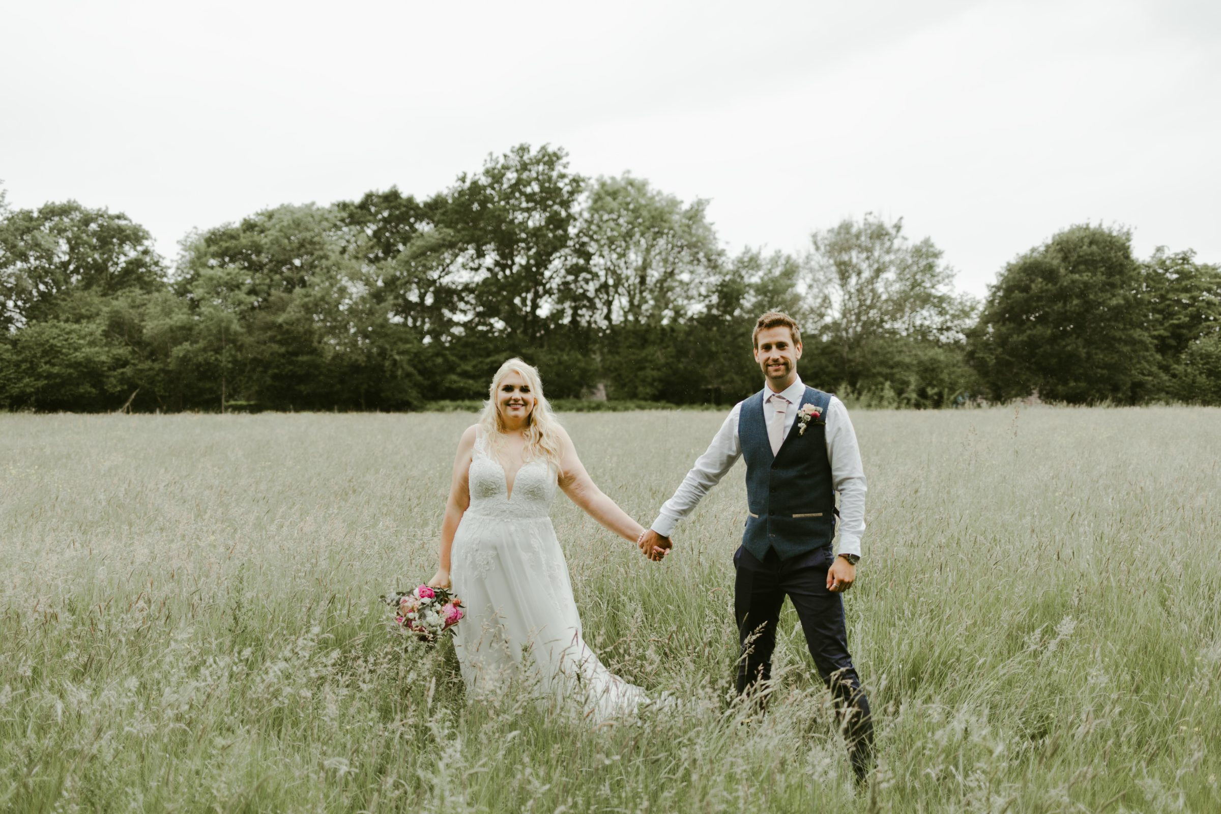 Steph & Ollie – Back Garden DIY Wedding – June 2019