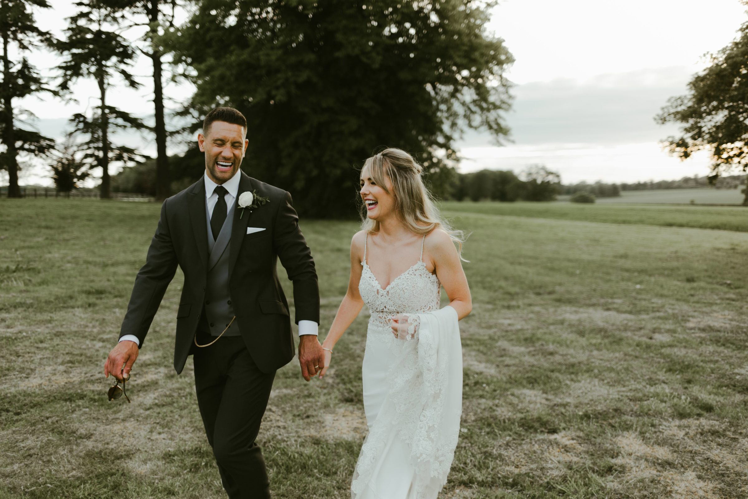 oakley-hall-wedding-venue-couple-surrey-basingstoke-photography-photographer