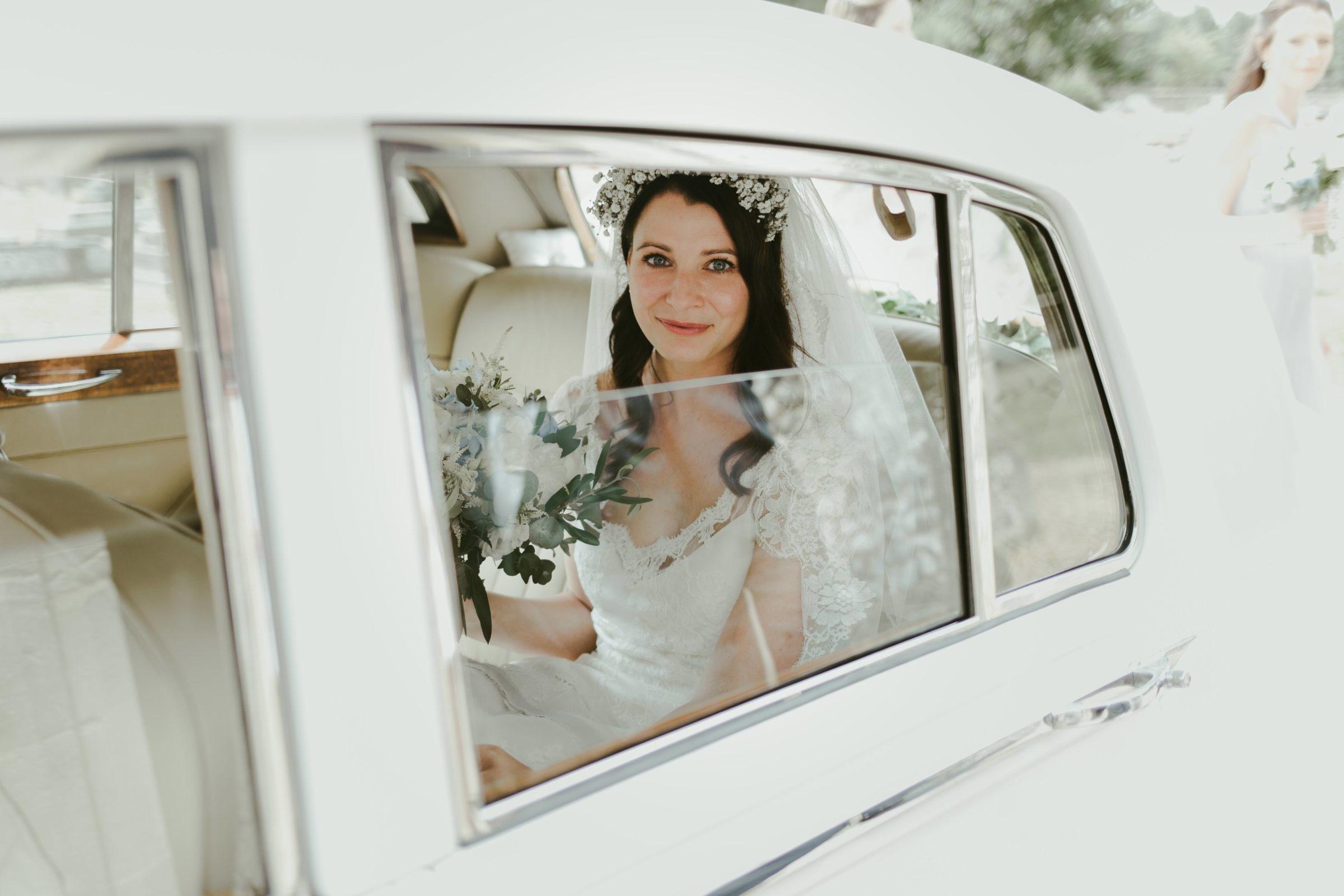 church-wedding-wedding-photography-photographer-surrey-uk-ramster-hall-venue-south-east-bride