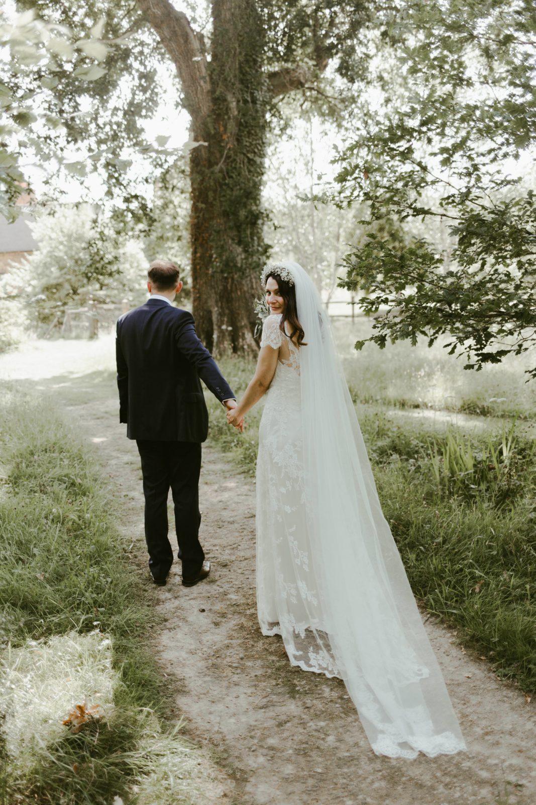 ramster-hall-wedding-photographer-photography-country-venue-surrey-uk-dana-bolton-dress-couple