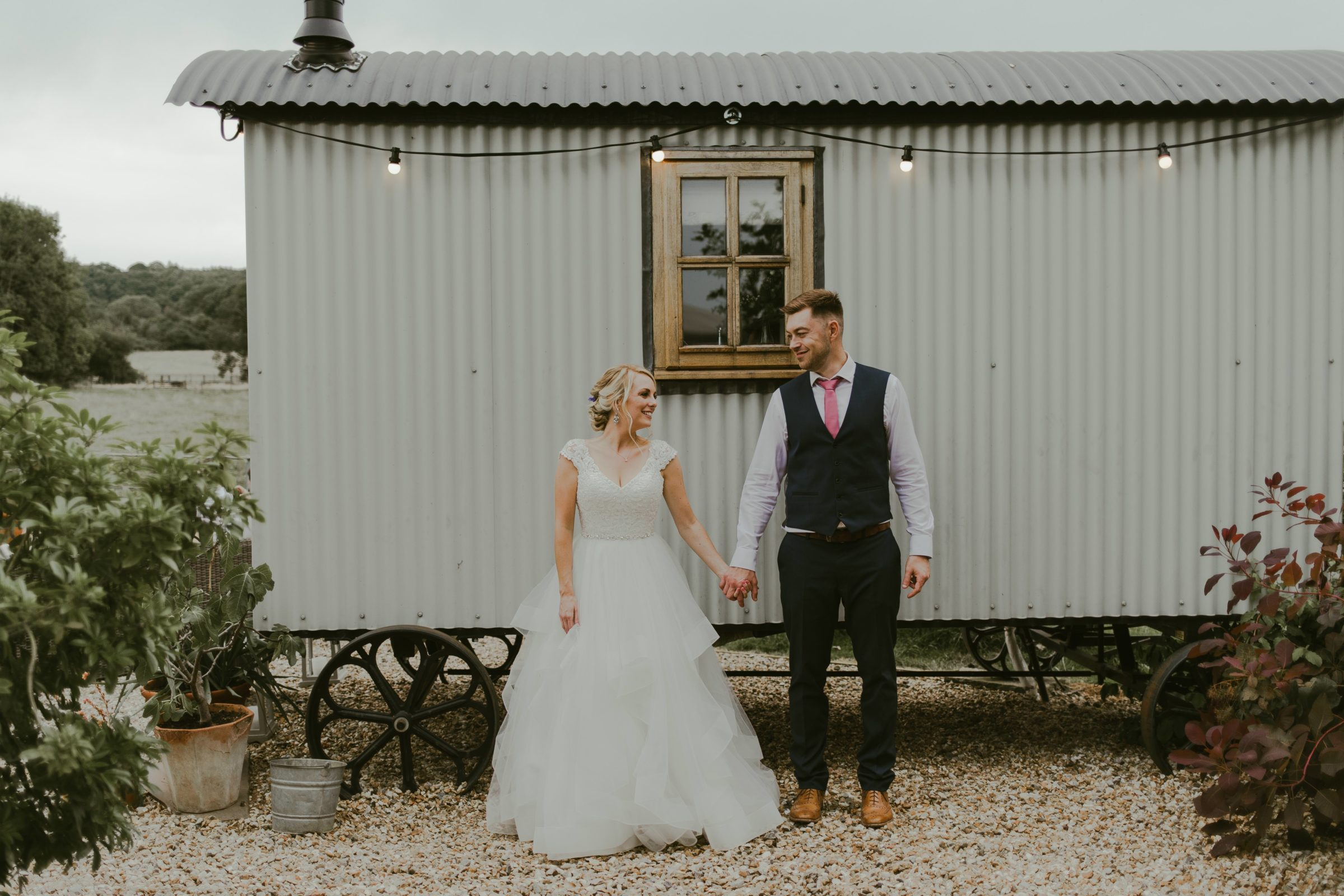 gate-street-barn-wedding-photography-photographer-surrey-uk-summer-weddings