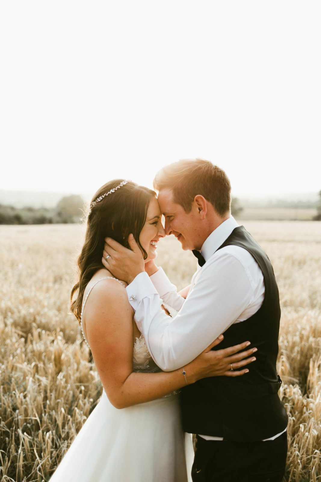 romatic-wedding-photography-photographer-uk-golden-hour-couple