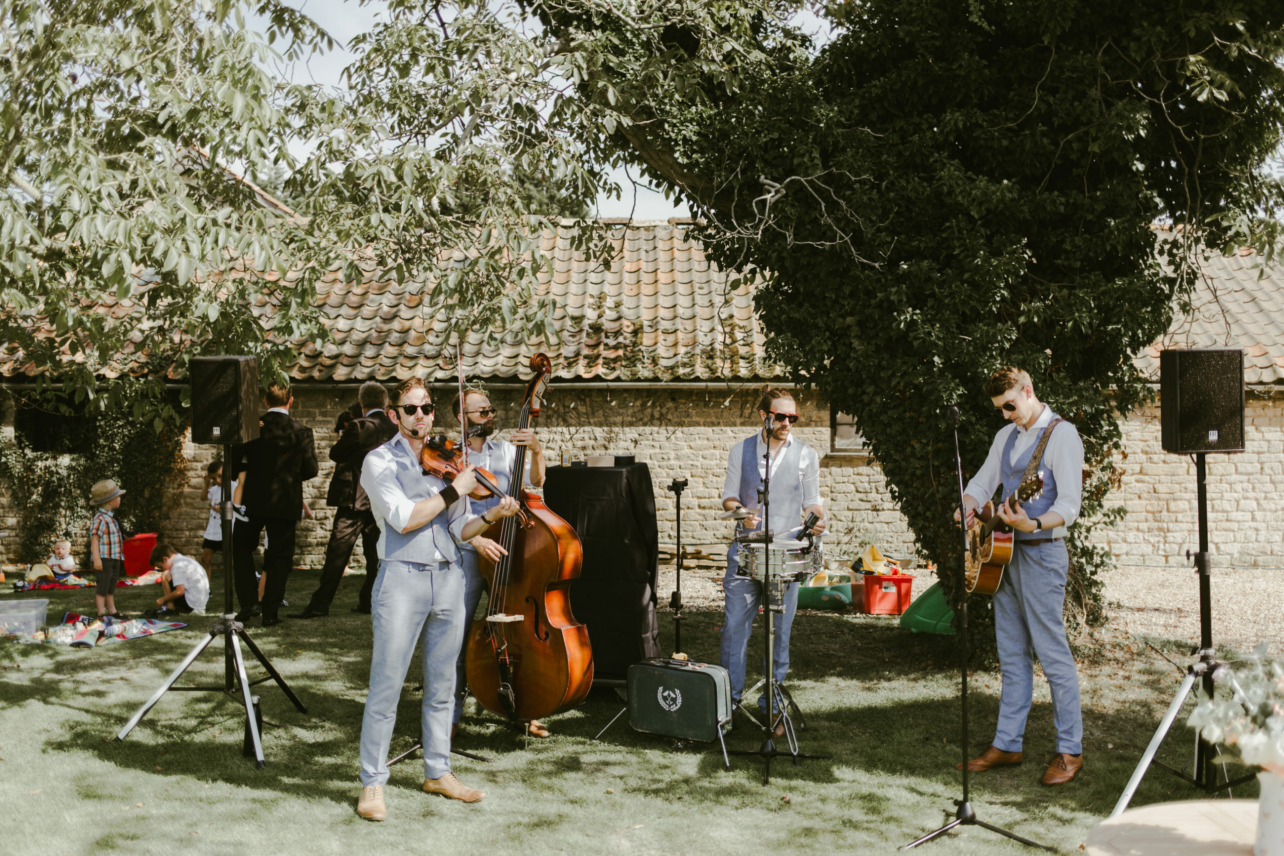 summer back garden wedding drinks reception live band